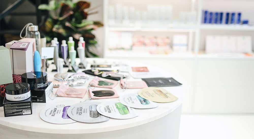 فروش لوازم آرایشی بهداشتی